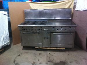 """Quest 6 Burner/36"""" Grill Double Oven Stove"""