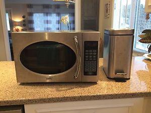 Stainless steel microwave & garbage can