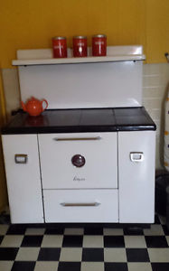 Antique Wood/Cooking Stove