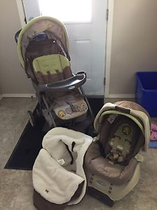 Graco Winnie the Pooh stroller and infant car seat