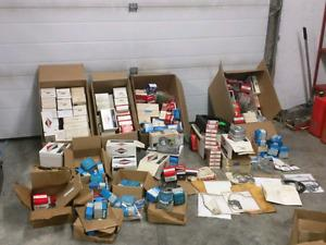 Huge small engine lot of parts