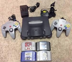 Nintendo 64 With 2 Controllers and 4 Games!