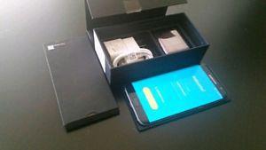 Samsung Galaxy S7 Edge, 32 Gigs Unlocked