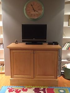 Solid wood tv stand/storage unit