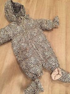 0-6 month baby Gap girl snowsuit