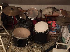 1/2 size 7 piece drum set