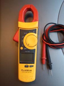 Fluke 902 Digital Clamp Meter