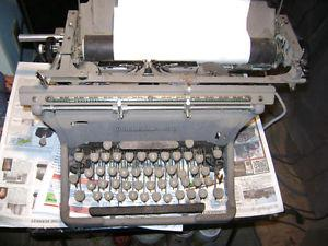 Underwood typewriter, old and heavy