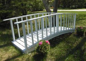 White Garden Bridge