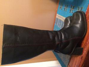 Woman's Boots & Shoes(size 8)