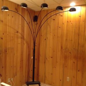 5 LIGHT CORNER LAMP