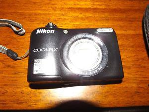 Beautiful Nikon Coolpix L27 Digital camera for sale