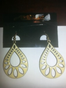 Cute vintage style earrings from Ardennes