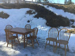 Dining table and 6 chairs (solid wood)