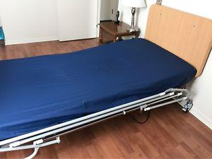 Electric Hospital Bed - only a few months old!