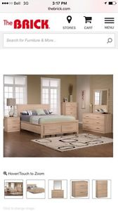 Like new 5 piece siera bedroom set with mattress