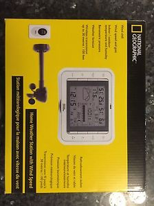 National Geographic home weather station with wind speed