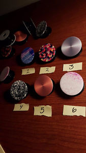 Popsockets: Mobile Phone Accessories