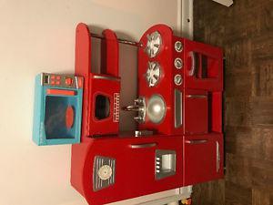 Red Kid Kraft Vintage Kitchen