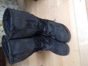 Steel toe wook boots