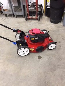 """Wanted: Looking for a bag and frame for my Toro Recycler 22"""""""
