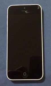 White iPhone 5C with cracked screen