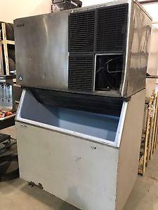 lbs/24Hrs Ice Machine w/Ice Bin