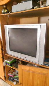 "27"" RCA TruFlat flat screen tube TV"