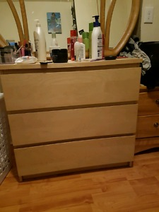 3 drawer dresser and mirror for sale