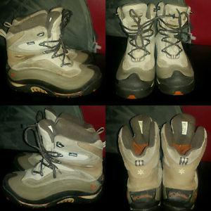 Columbia winter boots (size 9 womens)