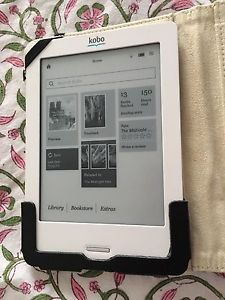 Kobo Touch ereader with leather case