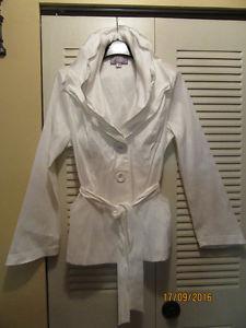 Ladies Spring/Fall Jacket – White