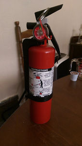 Small Dry Chem Fire Extinguisher (ABC), Charged