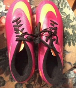 Women's Cleats size 7 BRAND NEW