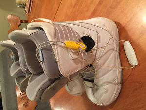 Womens Size 8 snowboard boots