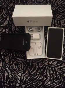 iPhone 6 64gb Factory like new / charging case