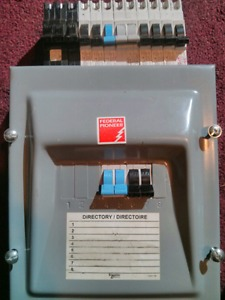 70 Amp Sub Panel 8 Spaces Schneider Electric/Federal Pioneer