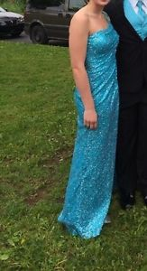 BLUE PROM DRESS SIZE 6