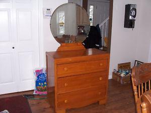 Beautiful Antique Dresser With Mirror