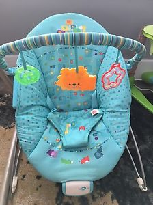 Bright start vibrating/ bouncy chair