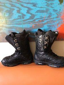 Burton Sabbath boots size 9
