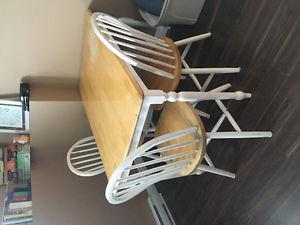 Dining table and three chairs!