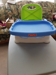 Fisher Price Feeding Seat with white tray and green cover