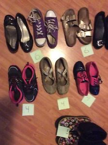 Girls shoes, size 4