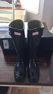 Hunter boots new size 8