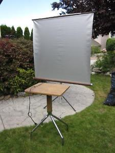 Projector Table & Screen