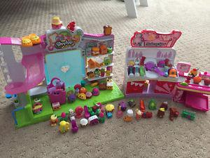 Shopkins lot of 70 and 3 play sets