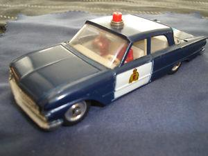 's Dinky Toy 258 Ford Fairlane Police in Metal Esc 1/43