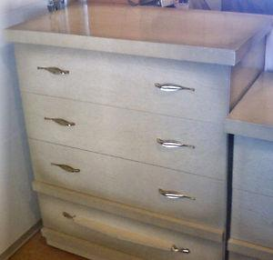 Dresser & Chest of drawers