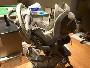 Graco Winnie the Pooh Car Seat and Stroller combo